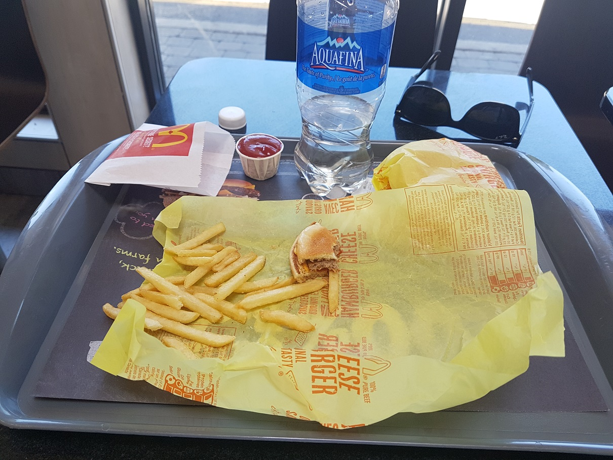 Name:  first meal.jpg Views: 138 Size:  397.0 KB