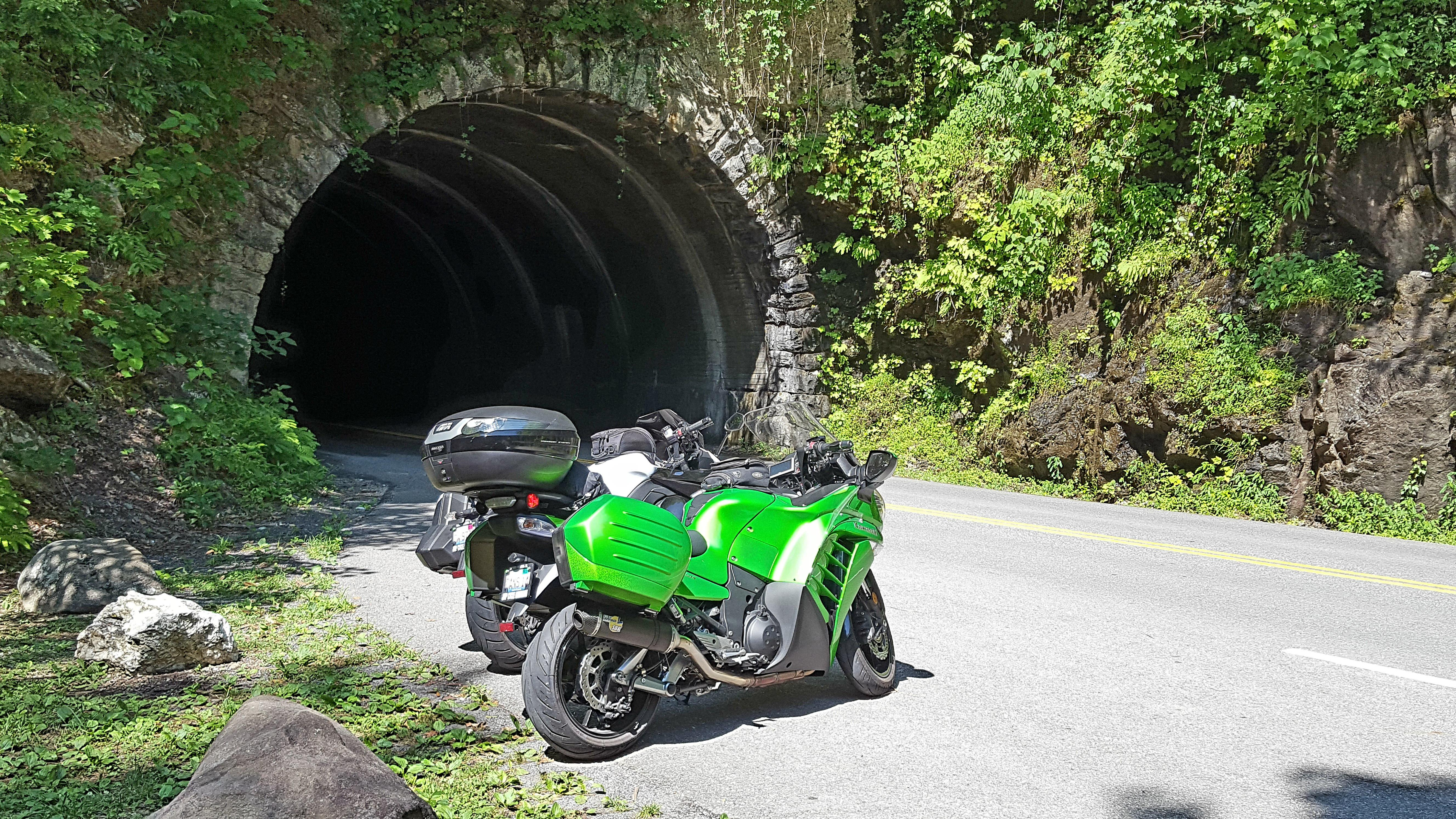 Name:  bikes at the tunnel.jpg Views: 116 Size:  3.33 MB