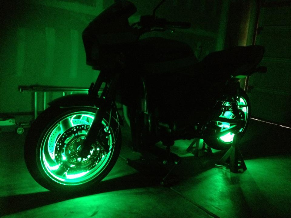 Name:  greeny lights.jpg Views: 688 Size:  67.1 KB