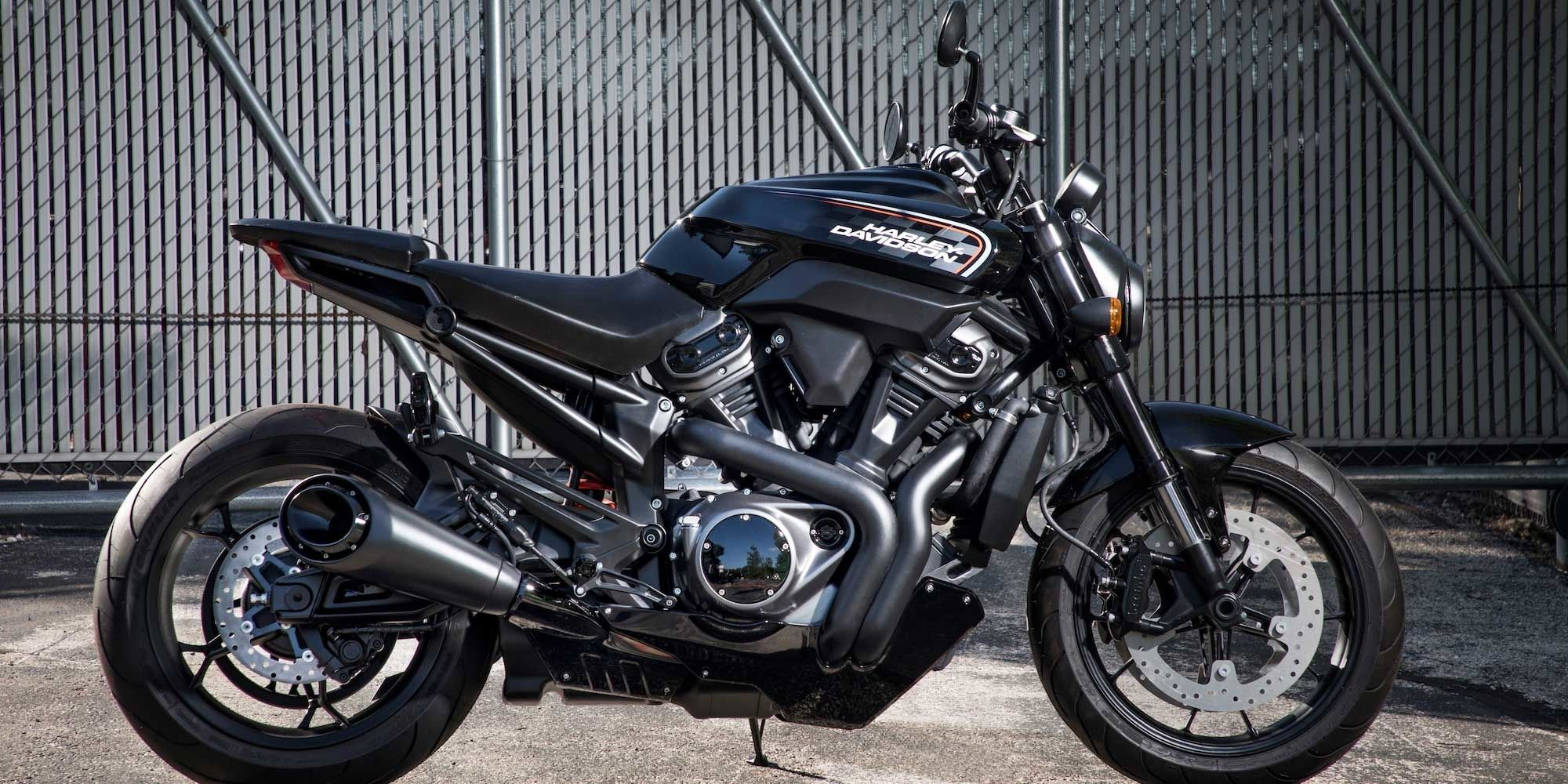 Name:  Harley.jpeg Views: 345 Size:  347.1 KB