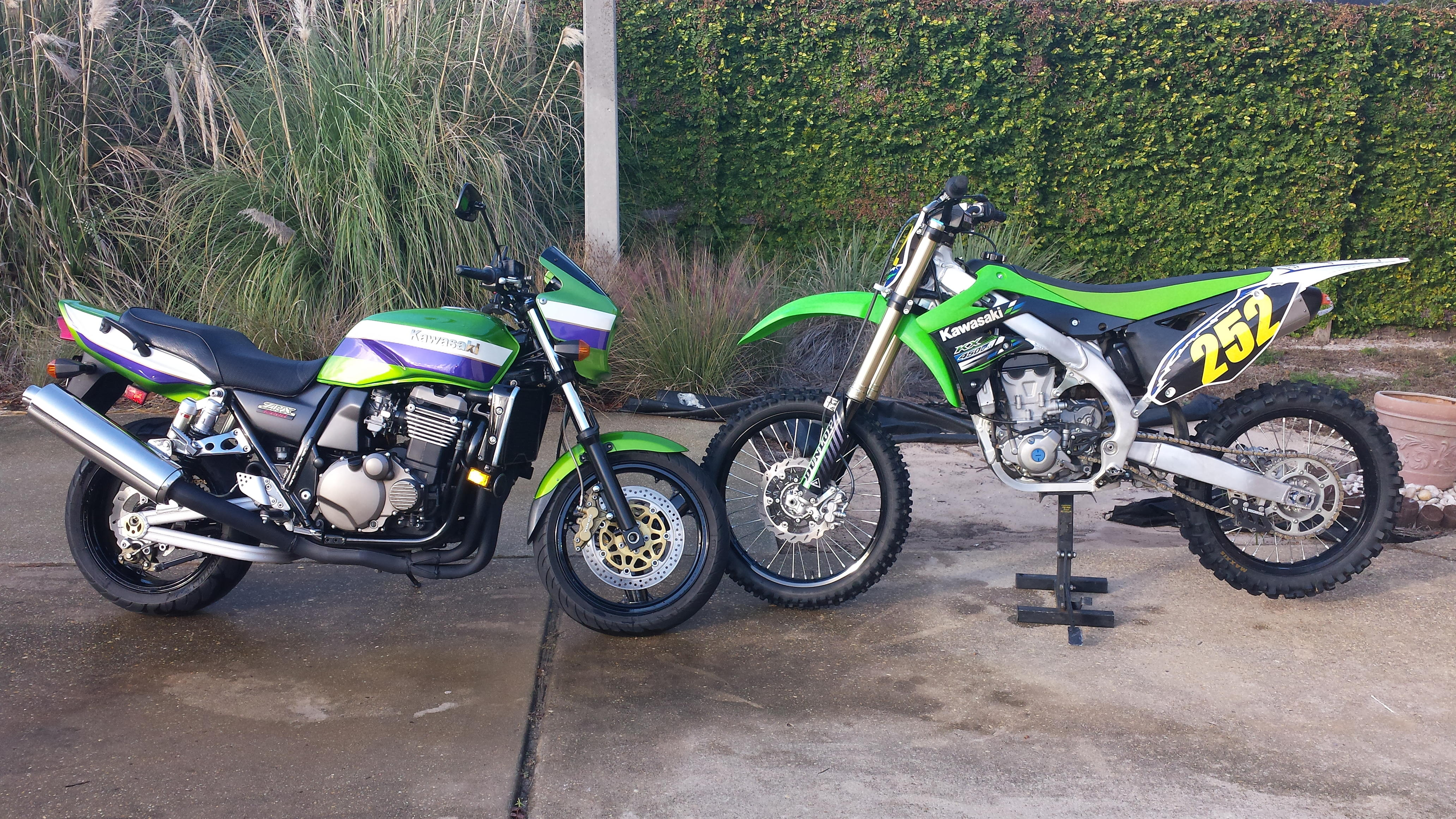 Name:  2 Green Bikes.jpg